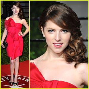 Anna Kendrick is Red Hot for Vanity Fair Oscar Party