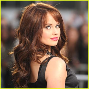 Debby Ryan: Style Bistro's Guest Editor!