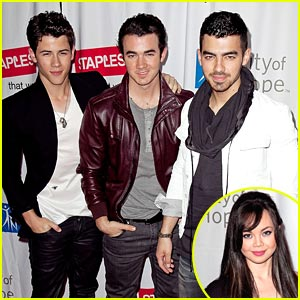 Jonas Brothers: Concert For Hope with Anna Maria Perez de Tagle!