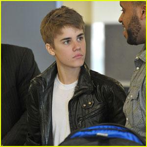 Justin Bieber Joins Rascal Flatts Concert Special