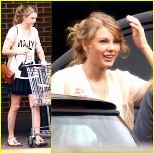 Taylor Swift: Grocery Girl