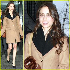 Troian Bellisario: Good Day NY!
