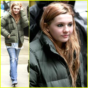 Abigail Breslin: New Year's Eve in NYC!