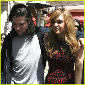 Aimee Teegarden & Thomas McDonell: From The Grove to Glendale