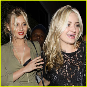 Aly & AJ Michalka: Beso Beauties