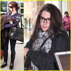 Ashley Greene & Nikki Reed: Back To LA!