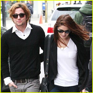 Ashley Greene & Jackson Rathbone: Cactus Club Couple