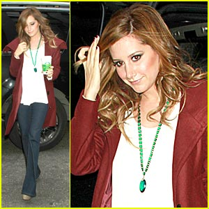Ashley Tisdale Gets A Cheer From PIX Morning Show