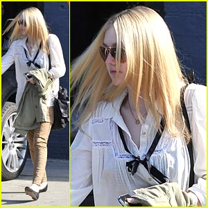 Dakota Fanning Gets A Trim