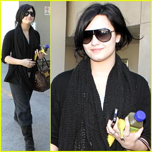 Demi Lovato: 'Good Morning' Los Angeles