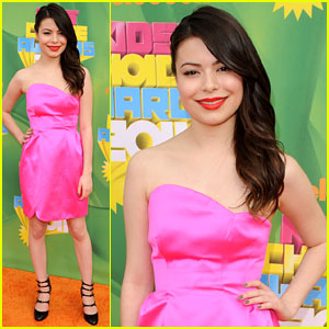 Miranda Cosgrove - KCA 2011 Orange Carpet
