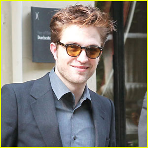 Robert Pattinson Continues Paris Promo Tour