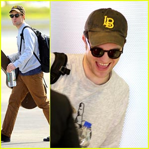 Robert Pattinson: St. Thomas Traveler