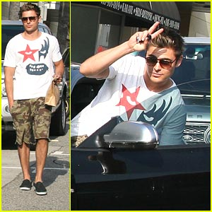 Zac Efron: Studio City Snack Stop