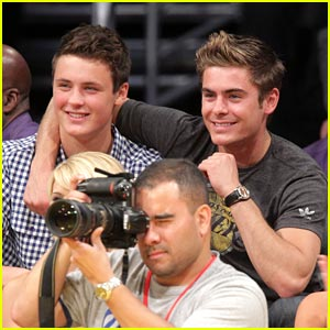 Zac &#038; Dylan Efron: Laker Brothers!