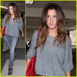 Ashley Tisdale: Lift Off to London
