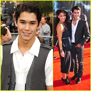 Booboo Stewart: 'Pirates' Premiere with Fivel!