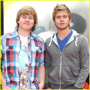 Doug &#038; Chris Brochu: SKADOOSH!