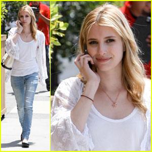Emma Roberts: Luna Park Pretty
