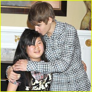 Justin Bieber Meets Tokyo Tsunami Students