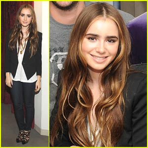 Lily Collins: Snow White at Sirius XM!