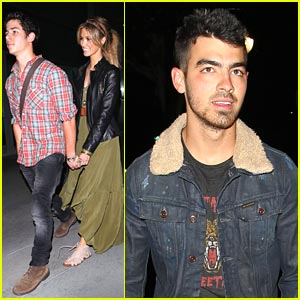 Nick Jonas & Delta Goodrem: Holding Hands!