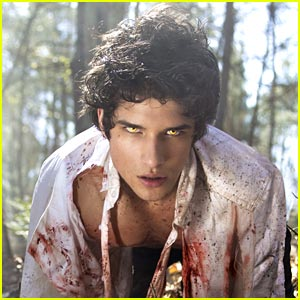 Tyler Posey: New 'Teen Wolf' Promos!