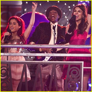 Victoria Justice is a Prom Wrecker!