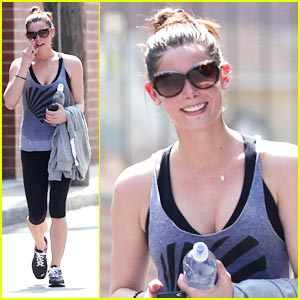 Ashley Greene: Workout Woman