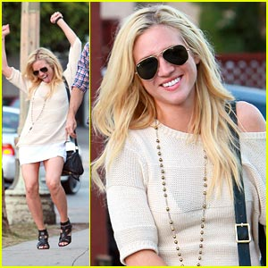 Brittany Snow Does A Little Dance