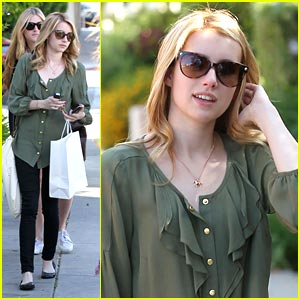 Emma Roberts: Ken Paves Salon Stop