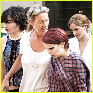 Emma Watson & Mae Whitman: 'The Perks' of Pittsburgh