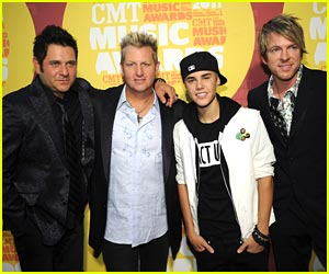 Justin Bieber - CMT Music Awards 2011