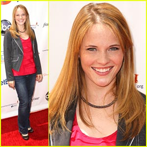 Katie LeClerc: 'Switched At Birth' Premieres TONIGHT!