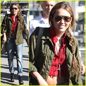 Miley Cyrus: Sydney Sight-Seer