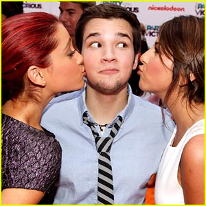 Nathan Kress 'Parties with Victorious'