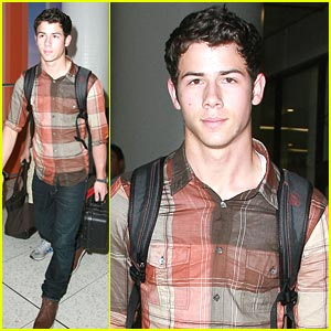 Nick Jonas: LAX Landing