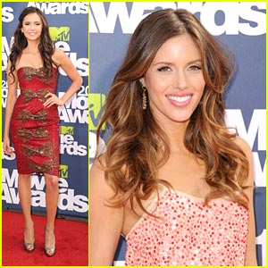 Nina Dobrev & Kayla Ewell - MTV Movie Awards 2011