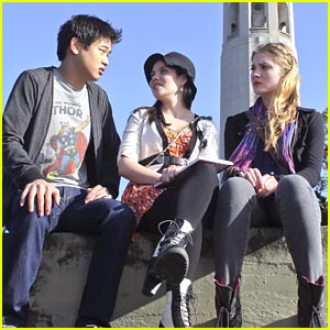 Skyler Samuels: Supersonic Eavesdropping on Ki Hong Lee!