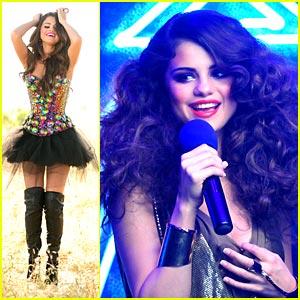 Selena Gomez Loves You 'Like A Love Song'