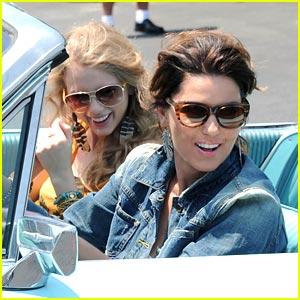 Taylor Swift & Shania Twain are Thelma & Louise!