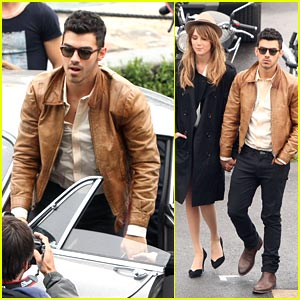 Joe Jonas: 'Just In Love' Video Set on the River Seine