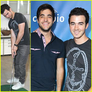 Kevin Jonas: Cambio Chat with Mikey Deleasa!