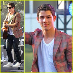 Nick Jonas Covers Joe's 'See No More'