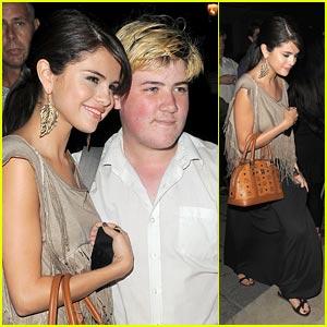 Selena Gomez: Night Out at Nobu!