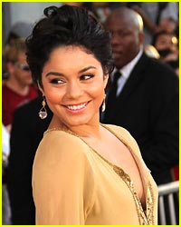 Rock Short Hair Like Vanessa Hudgens