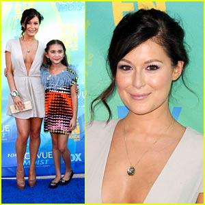 Alexa Vega & Rowan Blanchard -- Teen Choice Awards 2011