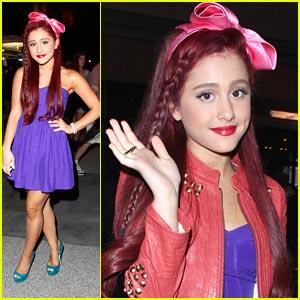 Ariana Grande: Katy Perry's Little Mermaid!