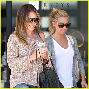 Ashley Tisdale & Haylie Duff: Barneys Besties