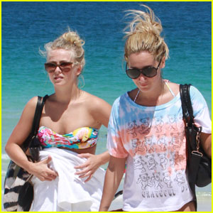 Ashley Tisdale & Julianne Hough: Beach Babes!